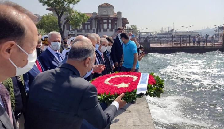 1 Temmuz Denizcilik ve Kabotaj Bayramının 95'inci yılı Beşiktaş meydanda kutlandı