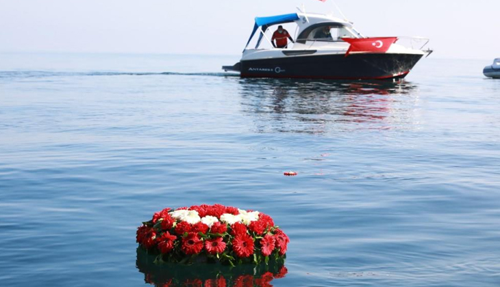 79 yıl önce batan Kurtuluş Gemisi için anma töreni düzenlendi