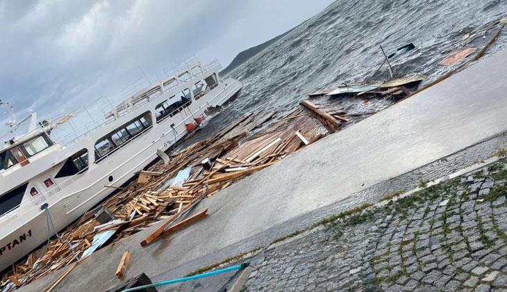 Ayvalık'taki fırtına onlarca tekneyi batırdı