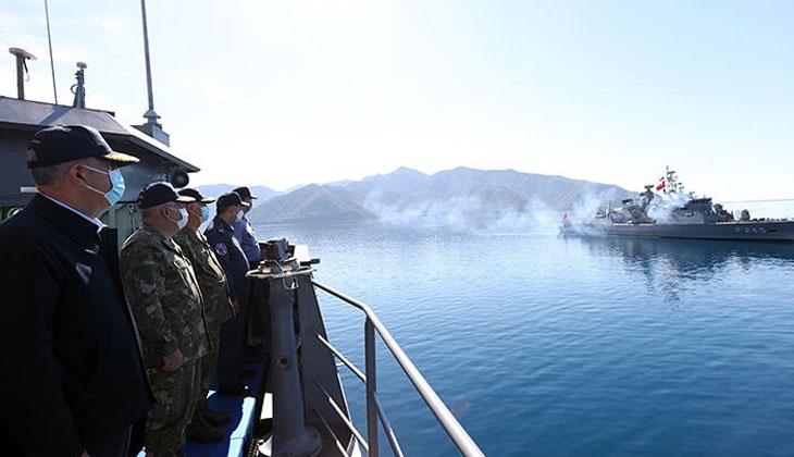 Bakan Akar, Denizkurdu 2021 Tatbikatı'nı yerinde takip ediyor...