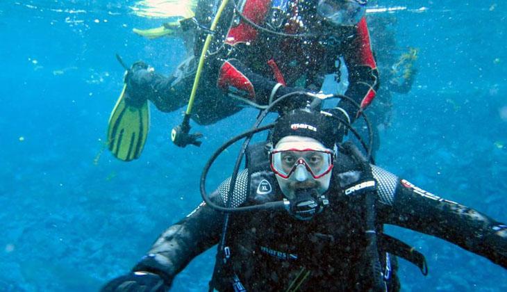 Bakan Varank, Gökpınar Gölü'ne tüplü dalış yaptı