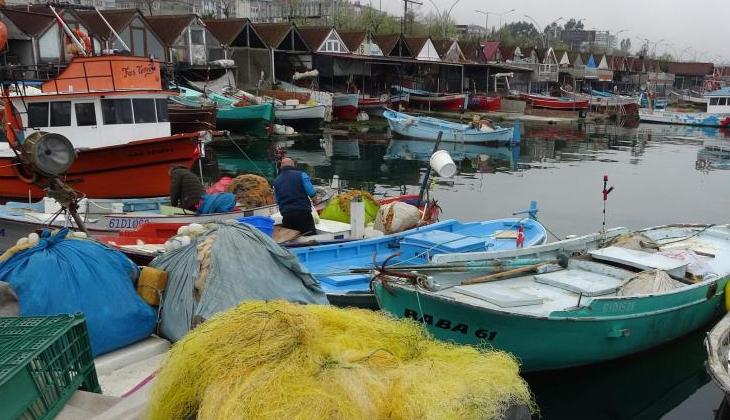 Balık av sezonunun bitmesi en çok kıyı balıkçılarını sevindirdi