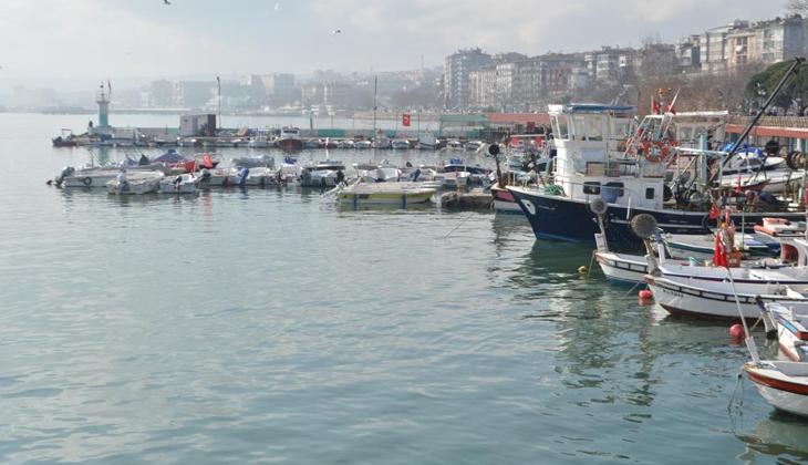 Balıkçılar 'kaykay' sebebiyle denize açılamıyor