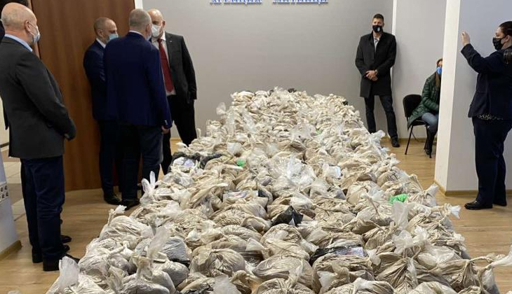 Birleşik Arap Emirlikleri'nden gelen gemide 155 milyon TL'lik uyuşturucu madde ele geçirildi
