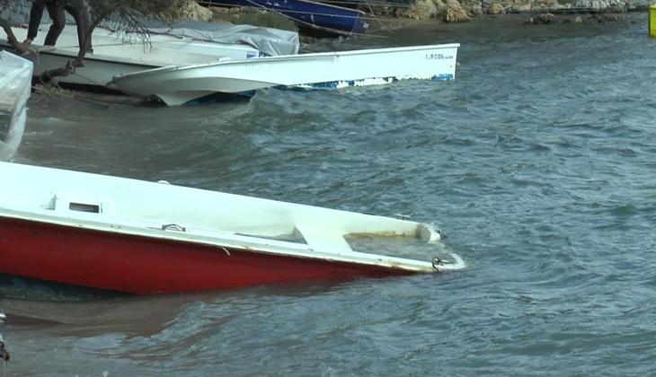 Bodrum'da fırtına nedeniyle balıkçı tekneleri battı