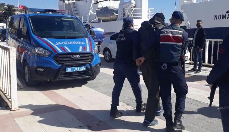 Çeşme'de yabancı bayraklı yatta 51 düzensiz göçmen yakalandı