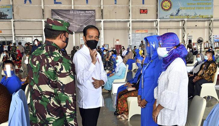 Endonezya Devlet Başkanı Widodo'dan batan denizaltı mürettebatının ailesine yeni ev sözü