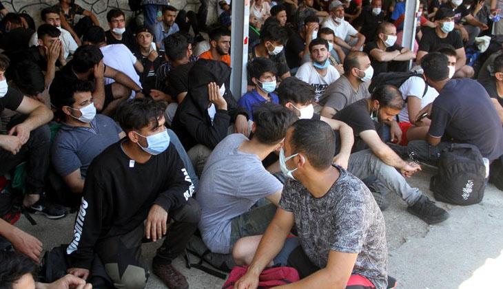 Fethiye'de 120 kaçak göçmen tekneye biner binmez yakalandı