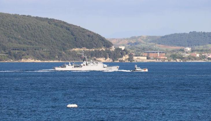 Fransız savaş gemisi 'Commandant Birot' Çanakkale Boğazı'ndan geçti