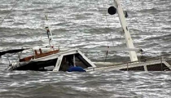 Gökçeada açıklarında tekne alabora oldu: 2 kişi kurtarıldı, 3 kişi kayıp