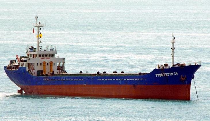 Güney Çin Denizi'nde kargo gemisi battı! Mürettebatın tamamı kurtarıldı