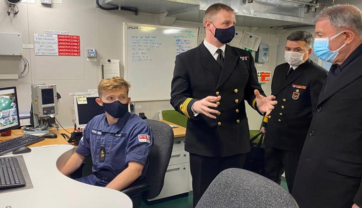 Hulusi Akar, Prince Of Wales Uçak Gemisini Ziyaret Etti