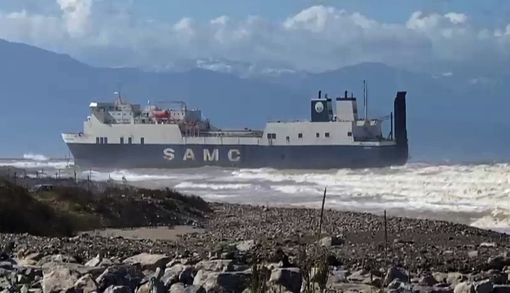 İskenderun Körfezinde hacizli gemi karaya oturdu