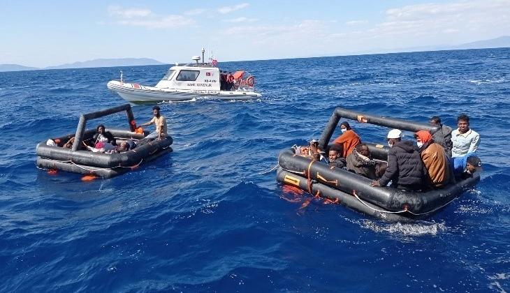 İzmir açıklarında 131 düzensiz göçmeni Sahil Güvenlik ekipleri kurtardı