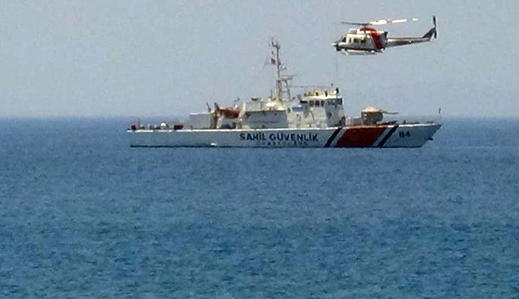 Kayıp şahıs denizde helikopter ile aranıyor