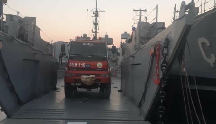 Muğla'daki yangına İHA'lı, çıkarma gemili müdahalede bulunuldu