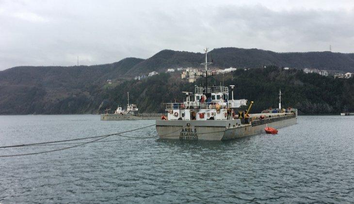 Yük gemileri ve balıkçı tekneleri Amasra Limanı ile Tarlaağzı Balıkçı Barınağına sığındı