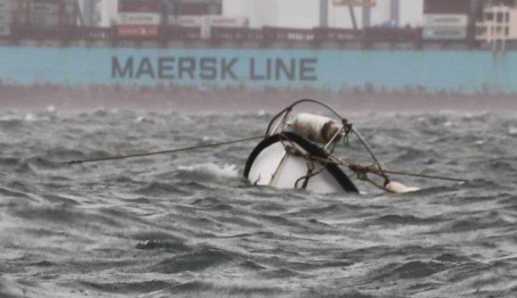 Marmara Körfezi'nde lodos nedeniyle balıkçı teknesi battı