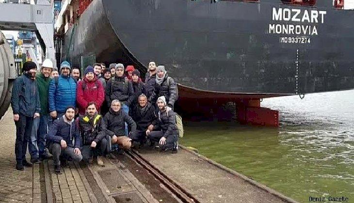 Korsanların saldırısına uğrayan MV Mozart gemisindeki 3 personel Türkiye'ye geliyor