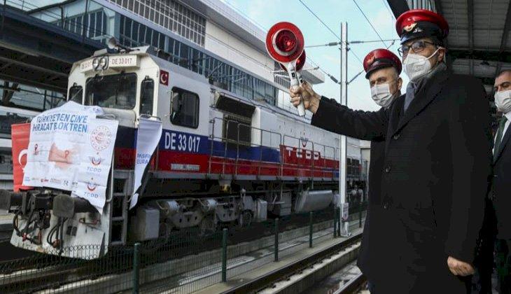 Çin'e gidecek Bor treni ve Rusya'ya gidecek olan ilk blok ihracat treni Ankara Gar'ından yola çıktı