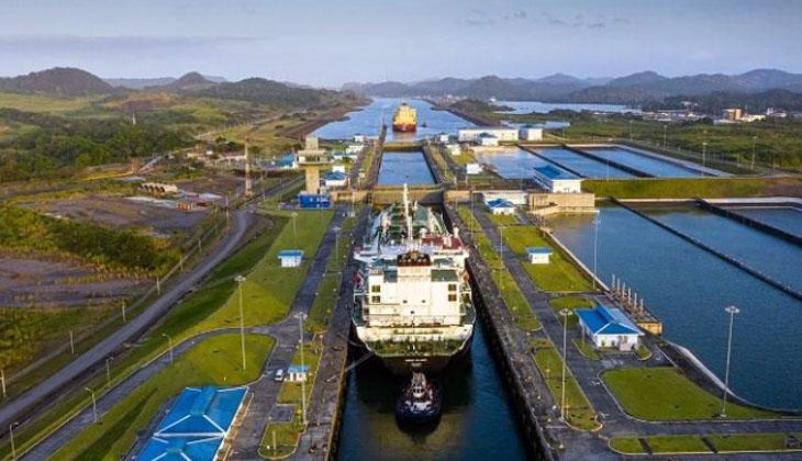 Panama Kanal İdaresi, planlanan fiyat artışını ertelediğini duyurdu