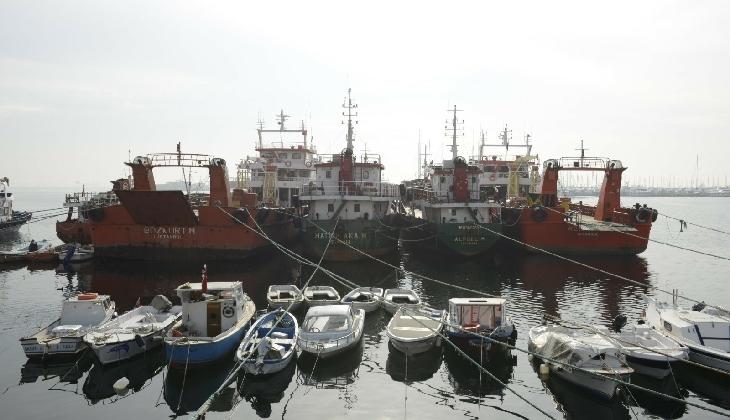 Pendik açıklarındaki hayalet gemiler kaldırıldı