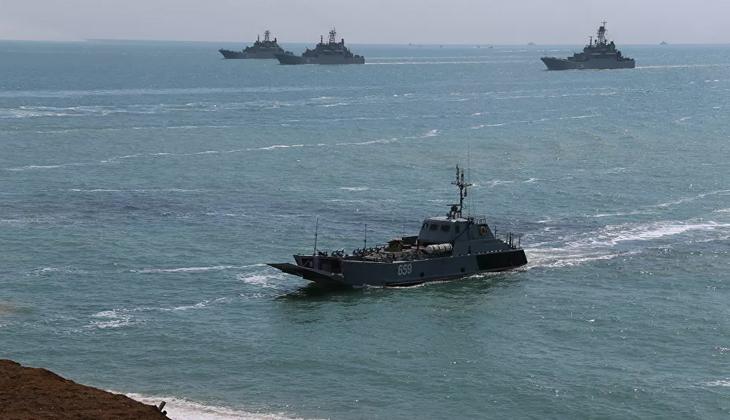 Rusya, Karadeniz'deki bazı bölgeleri yabancı gemilerin geçişine kapatıyor