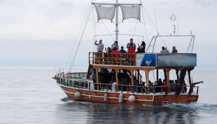 Sinop'ta gezi tekneleri hizmete başladı