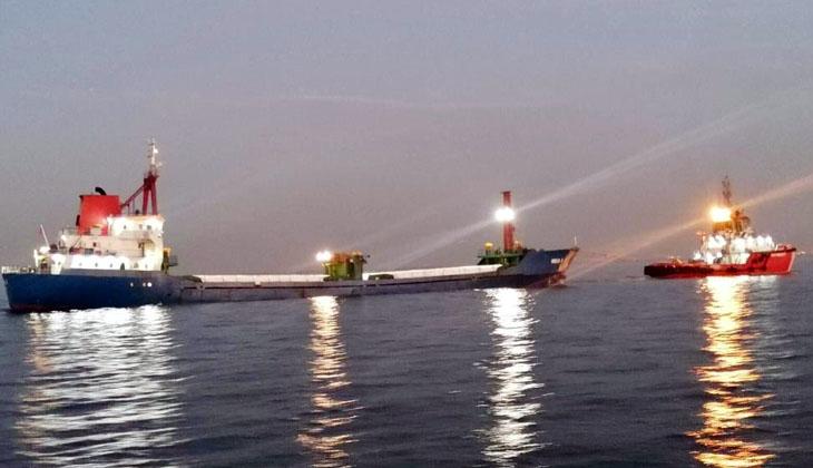 Sivriada açıklarında arızalanan gemi Kıyı Emniyeti tarafından kurtarıldı