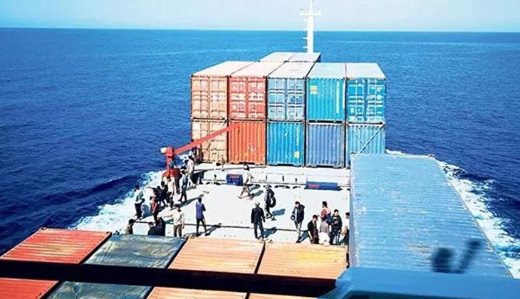 Türk kaptan, Malta açıklarında 97 göçmeni kurtardı
