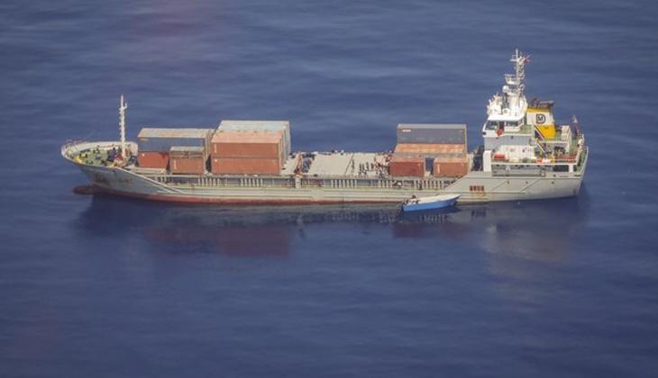 UGUR DADAYLI gemisi Akdeniz'de kurtardığı 100 göçmeni Malta'ya teslim etti